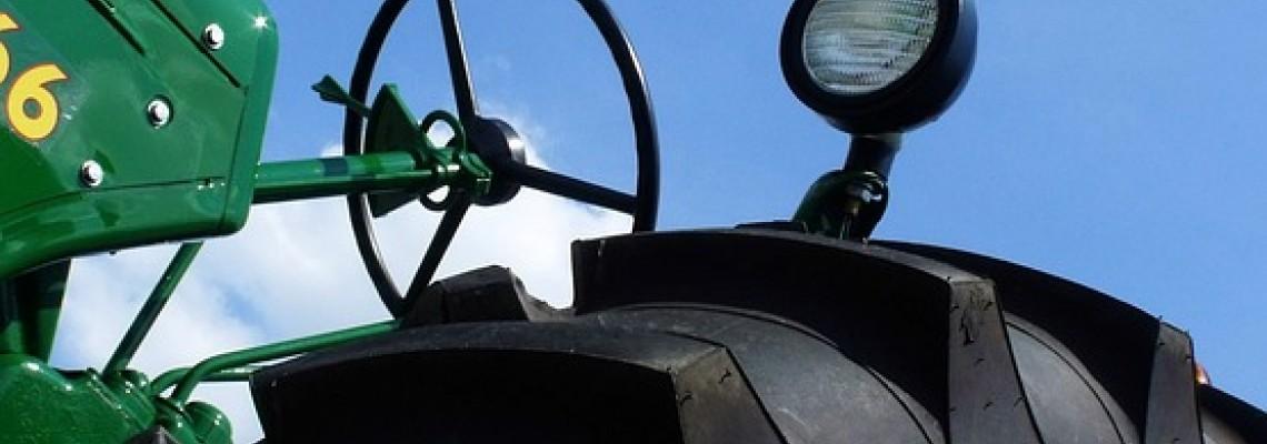 Traktoru riepas